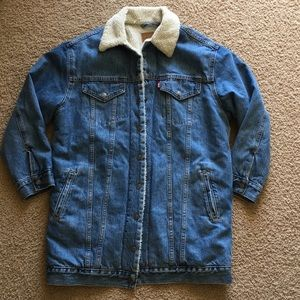 Levis sherpa lengthened jacket S/M